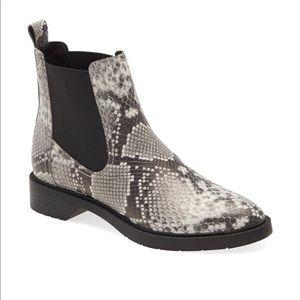 NIB Treasure & Bond Chelsea Boots